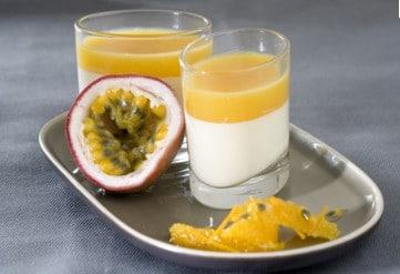 Recette de panacotta au fruit de la passion, à la mangue et au lait de soja