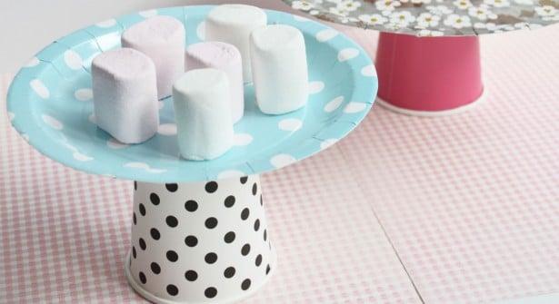 support-gâteau-vaisselle-carton