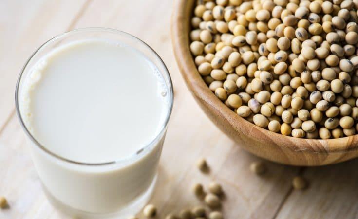 Verre de lait de soja