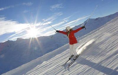 femme-ski-piste