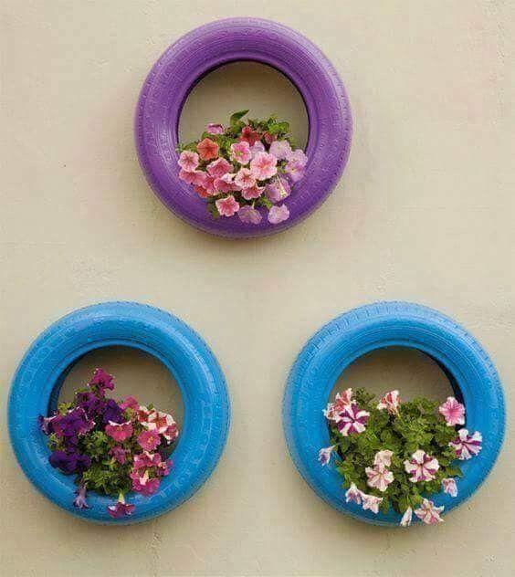 Transformer un pneu en jardinière